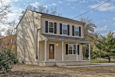 Vineland Single Family Home For Sale: 323 Linwood Ave
