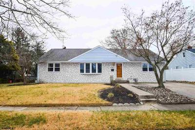 Vineland Single Family Home For Sale: 721 Embassy Terrace