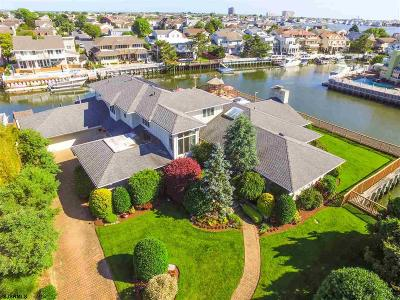 Margate Single Family Home For Sale: 8110 Bayshore Dr