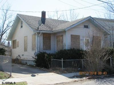 Millville Single Family Home For Sale: 205 W McNeal Street