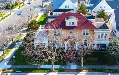 Atlantic City Single Family Home For Sale: 1 S Plaza Pl