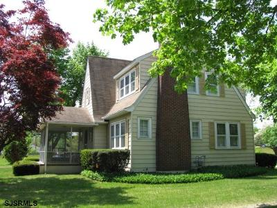 Vineland Single Family Home For Sale: 1532 N West Ave Ave