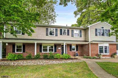 Somers Point Single Family Home For Sale: 6 N Village Dr
