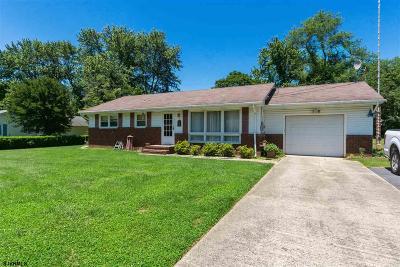 Upper Deerfield Township Single Family Home For Sale: 2 Merritt Ave