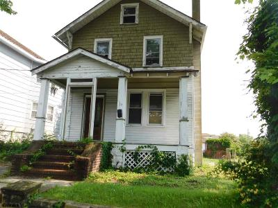 Single Family Home Sold: 10 E Bayview Ave