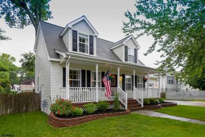Somers Point Single Family Home For Sale: 207 Columbus Pl