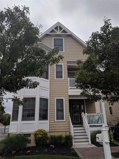 Margate Single Family Home For Sale: 7721 Ventnor Ave