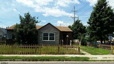 Atlantic City Single Family Home For Sale: 724 N Kentucky Ave