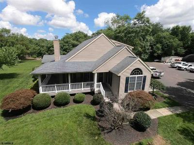 Vineland Single Family Home For Sale: 210 E Elmer Road