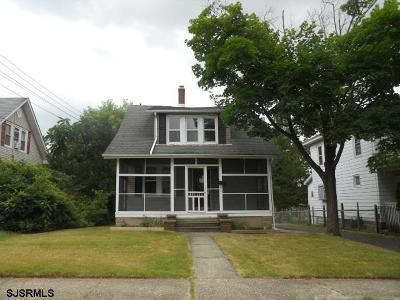 Vineland NJ Single Family Home For Sale: $68,000