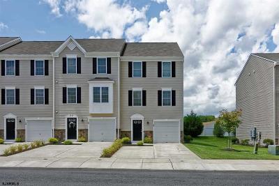 Vineland Single Family Home For Sale: 2102 E Oak Rd