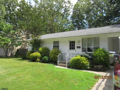 Somers Point Single Family Home For Sale: 11 Franklin Dr