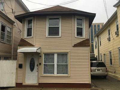 Atlantic City Single Family Home For Sale: 32 S Bellevue Ave