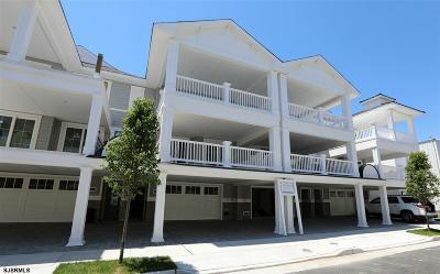 Margate Single Family Home For Sale: 20 S Douglas Ave
