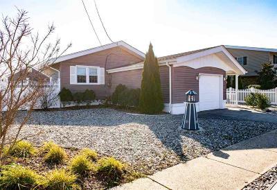 Egg Harbor Township Single Family Home For Sale: 32 Sunset Blvd