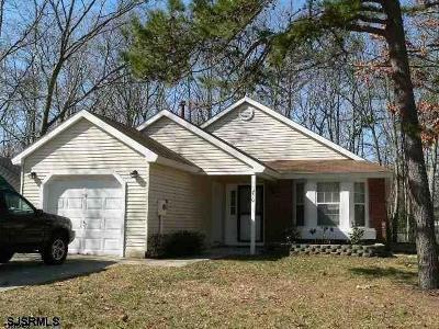 Smithville Single Family Home For Sale: 710 Ravenwood Dr Dr