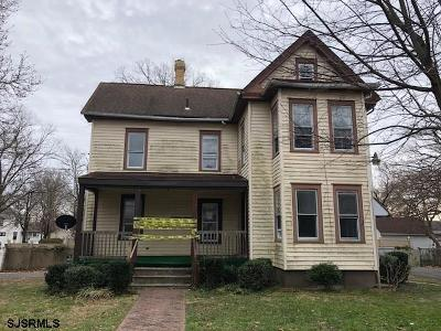 Vineland Single Family Home For Sale: 343 W Montrose Street