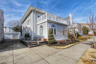 Margate Single Family Home For Sale: 18 East Dr