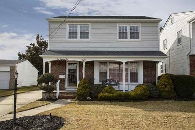 Margate Single Family Home Undercontract-Cont Toshow: 206 N Fredericksburg Ave