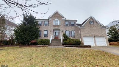 Northfield Single Family Home For Sale: 4 Julie Dr