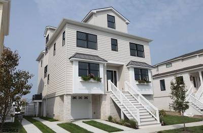 Margate Single Family Home For Sale: 364 N Rumson Ave