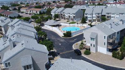 Brigantine Condo/Townhouse For Sale: 54 Coquille Dr #54