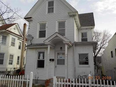 Millville Single Family Home For Sale: 105 N 6th Street