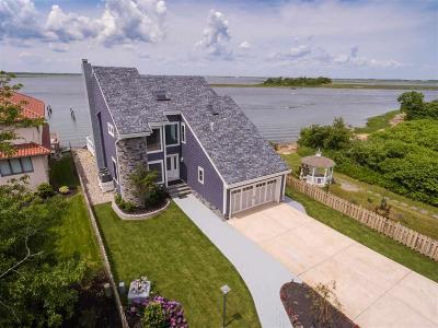 Margate Single Family Home For Sale: 7401 Bayshore Dr