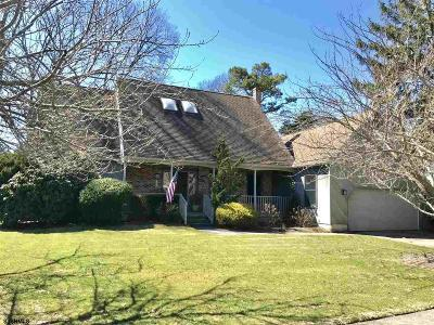Linwood Single Family Home For Sale: 19 Georgetown