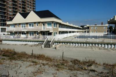 Margate Condo/Townhouse For Sale: 9010 Atlantic Ave #204