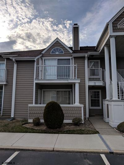 Linwood Condo/Townhouse For Sale: 550 Central F-9 Franklin Ct #F-9
