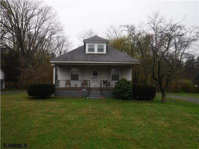 Vineland Single Family Home For Sale: 457 W Sherman Ave