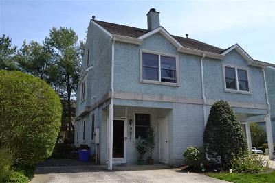 Linwood Single Family Home For Sale: 530 W Ocean Heights #2b