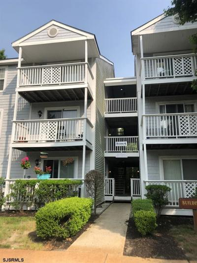Absecon Condo/Townhouse For Sale: 4c Oyster Bay Rd #4C