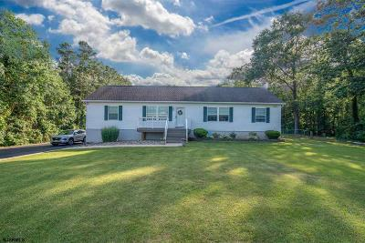 Mays Landing Single Family Home For Sale: 5239 Somers Point Rd Road