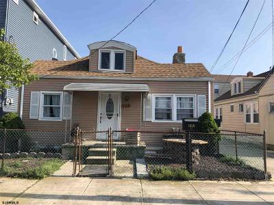 Atlantic City Multi Family Home For Sale: 1658 W Riverside Dr