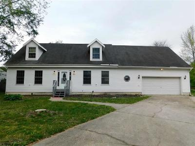 Mays Landing Single Family Home For Sale: 5920 Cedarcroft Dr