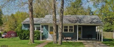 Somers Point Single Family Home For Sale: 415 Rhode Island Ave