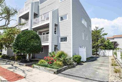 Margate Condo/Townhouse For Sale: 25 S Adams Ave #6