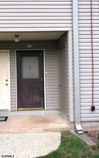 Mays Landing Condo/Townhouse For Sale: 504 Alpine Ct Ct #504