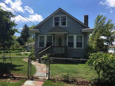 Northfield Single Family Home For Sale: 314 Davis Ave