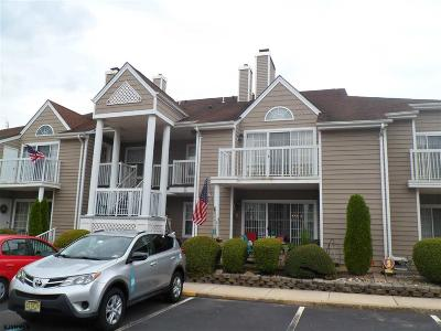 Linwood Condo/Townhouse For Sale: 550 Central M-7 Constitution Ct #M-7