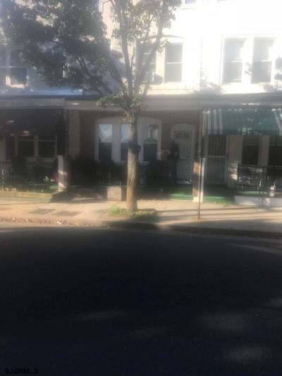 Atlantic City Single Family Home For Sale: 1046 N Ohio Ave