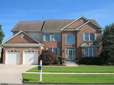 Egg Harbor Township Single Family Home For Sale: 2 Pebble Beach Drive