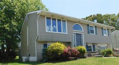 Somers Point Single Family Home For Sale: 15 Schoolhouse Ln