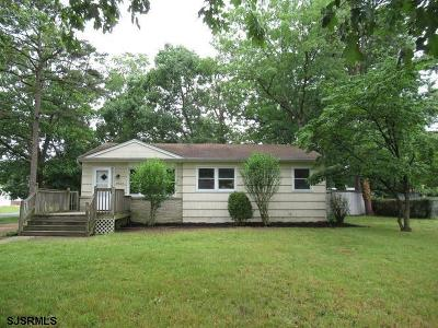 Newfield Single Family Home For Sale: 4304 Marlyn Terrace
