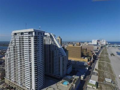 Condo/Townhouse For Sale: 3101 Boardwalk #1903-2