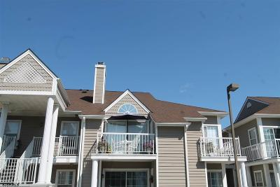 Linwood Condo/Townhouse Undercontract-Cont Toshow: G-12 Constitution Ct #G12