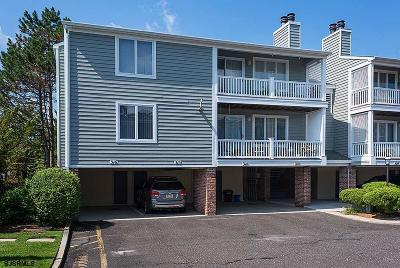 Somers Point Condo/Townhouse For Sale: 315 Harbour Cv #315