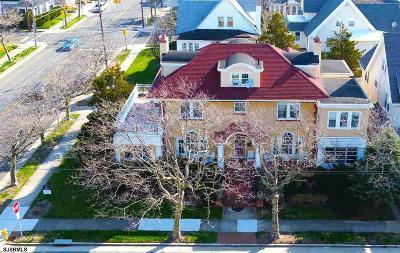 Atlantic City Single Family Home For Sale: 1 S Plaza Pl